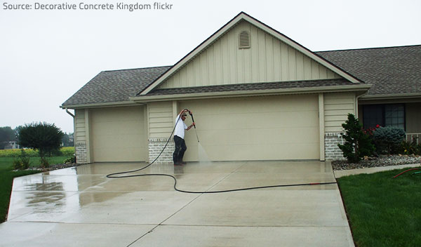 Complete the post construction cleaning process by cleaning the exterior.