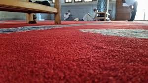Drying wet carpet